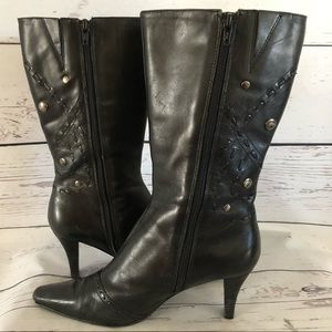 BANDOLINO Calista leather studded Dress BOOTS 7.5m